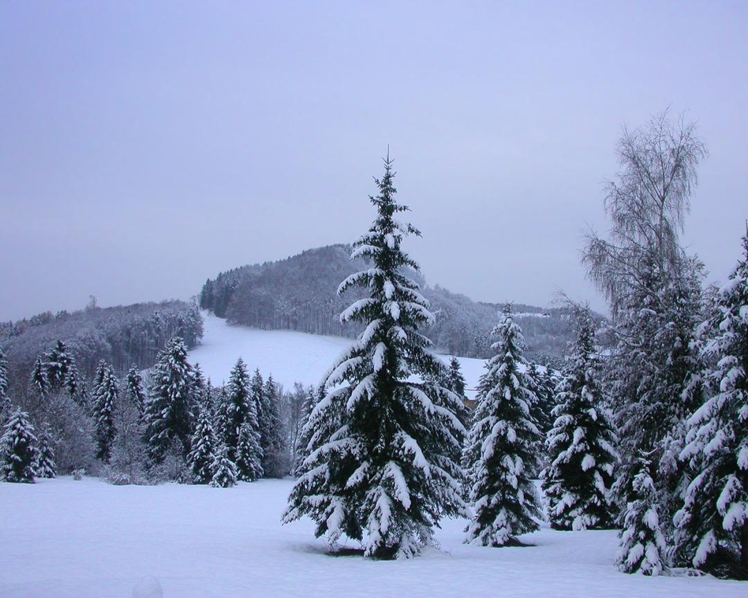 snowysky1280x1024ls